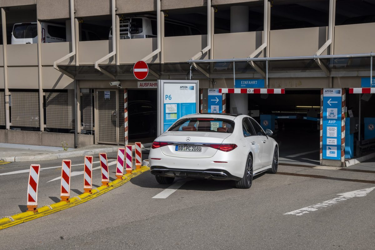 highly automated and driverless parking
