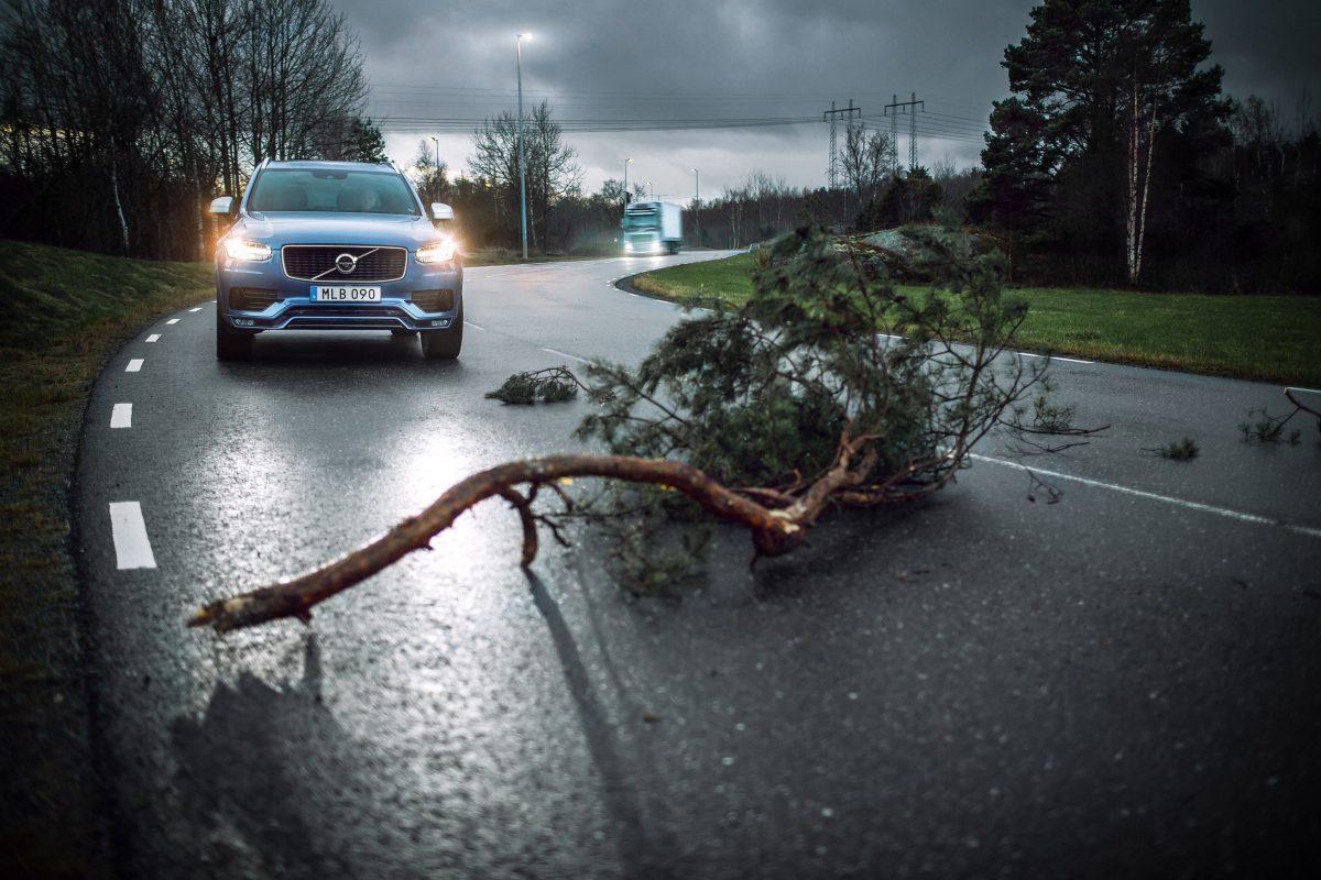 Volvo Cars and Volvo Trucks share vehicle data to improve traffic