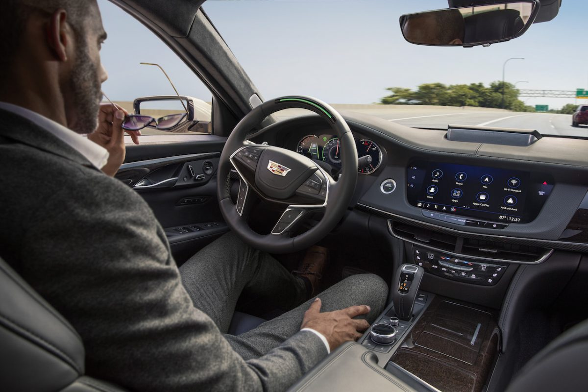 2019 Cadillac CT6 with Super Cruise engaged